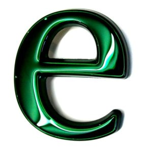 letter-e-green-chrome
