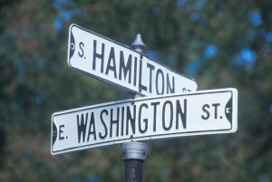 A sign that reads ôWashington/Hamiltonö