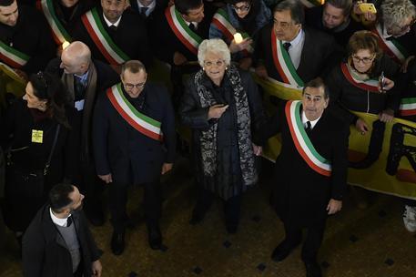 Procession to solidarity with Liliana Segre